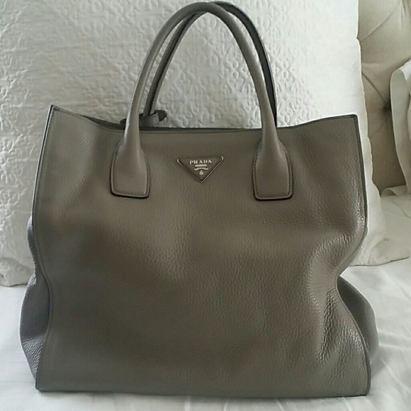 27fa9657acd4 Prada Bags   Authentic Vitello Daino Leather Tote   Poshmark